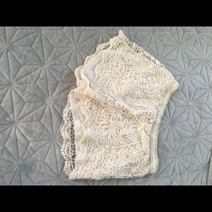 Pants - Crocheted shorts